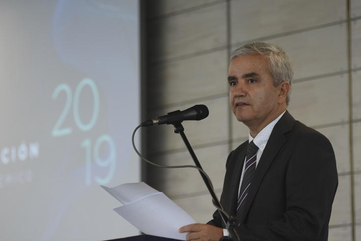 Rector Ricardo Paredes
