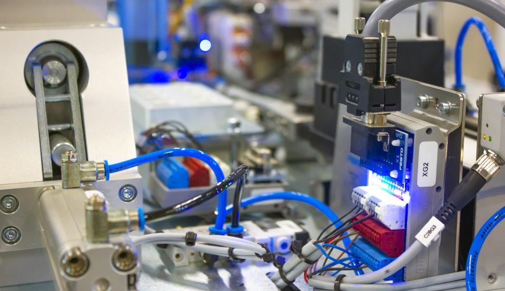 Técnico en Electricidad y Automatización Industrial