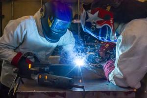 Técnico en Maquinaria y Vehículos Pesados
